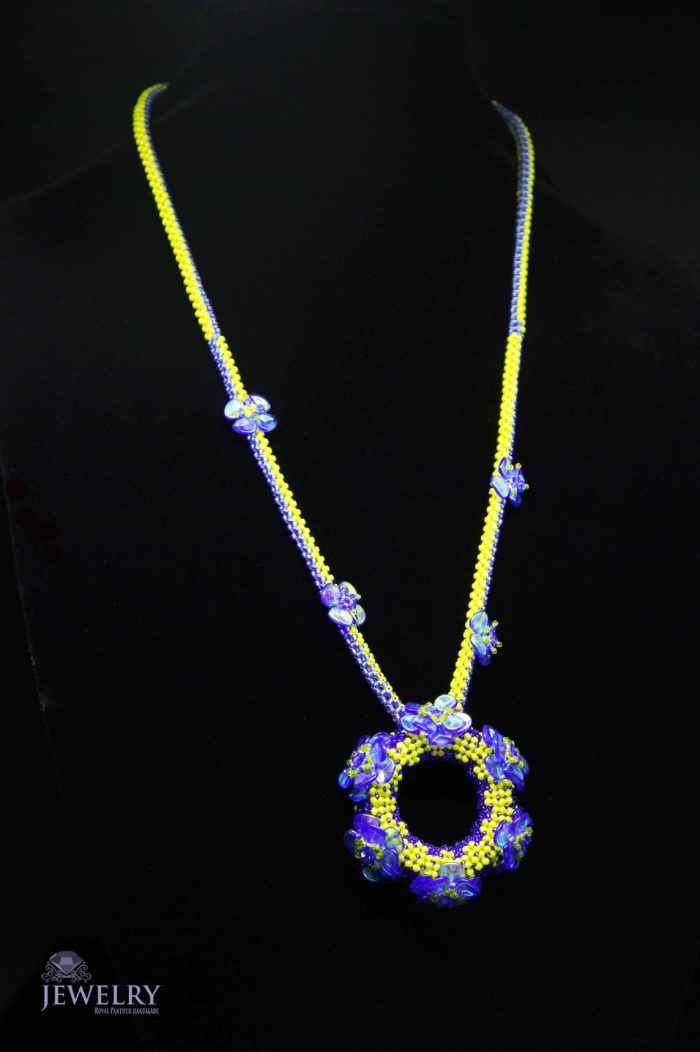 chain for women