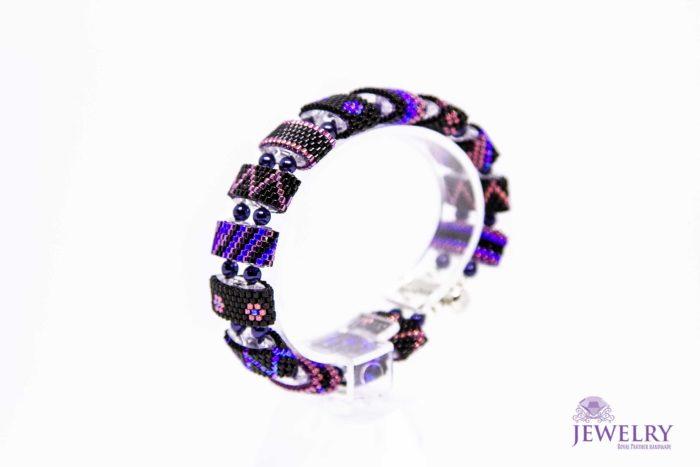 charming bracelet